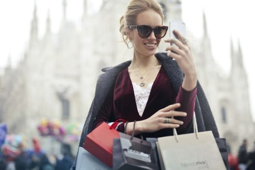 The empowered consumer lives on her smart phone